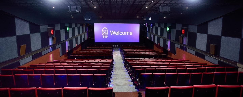 ajantha theatre karur